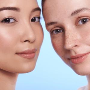 Deux femme avec different peau